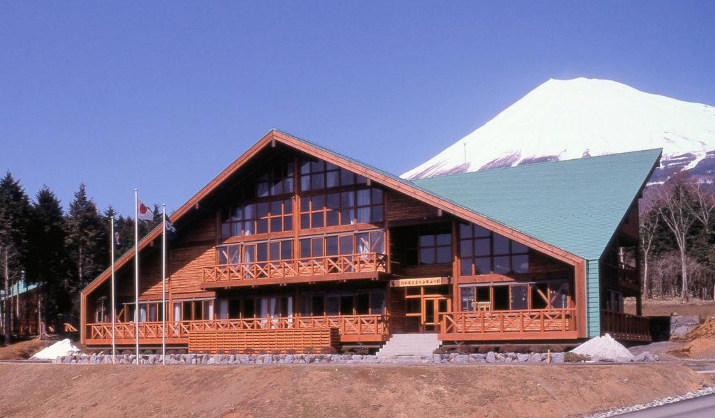 富士山麓山の村管理棟建築工事