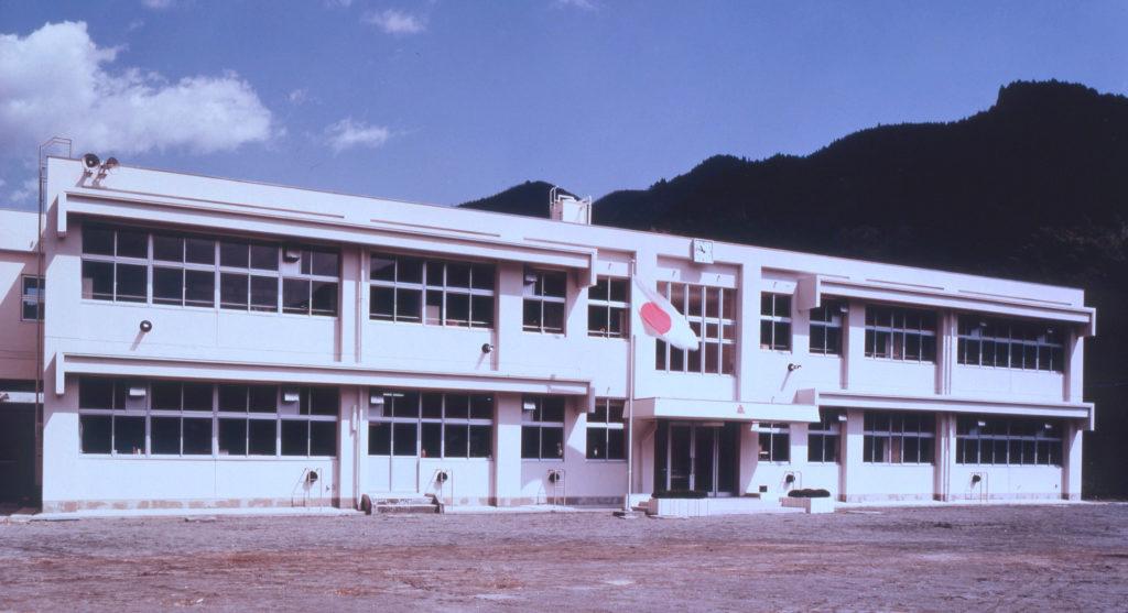 芝川町立稲子小学校校舎新築工事