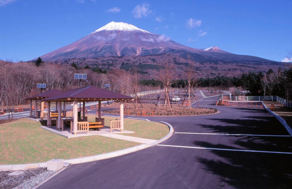 平成6年度富士山スカイライン西臼塚駐車場整備工事(2工区) <1994年>